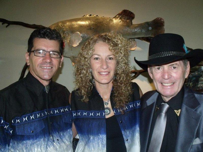 Rod Williams with Annette & Kim Barham 2014