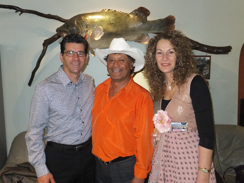 Annette & Kim with Dennis Marsh Barham 2012