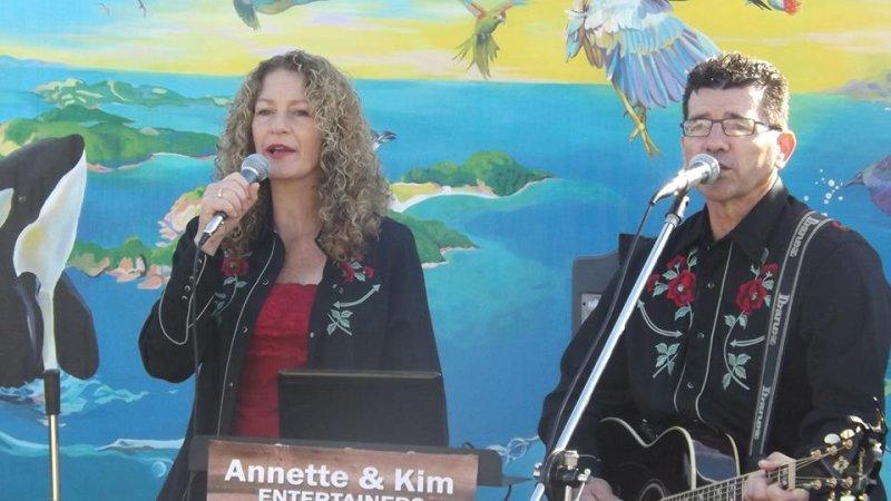 Annette & Kim BOI 2014 2