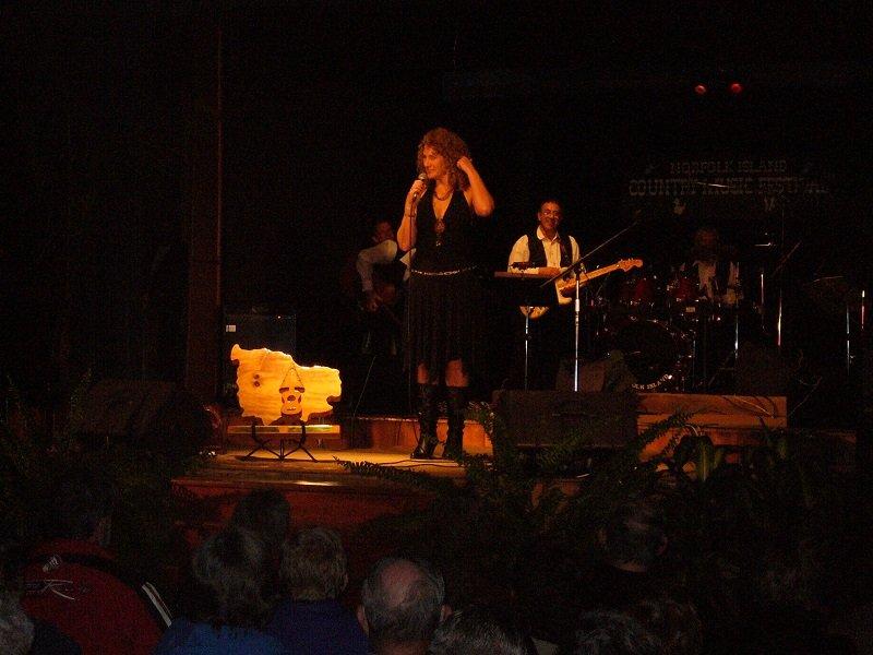 Norfolk 2008 Annette Hawkins Trans Tasman Entertainter of the Year winner